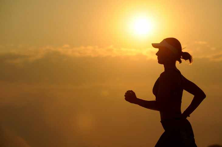 woman training for marathon and long distance running