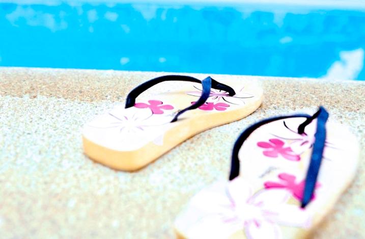 summer in New York City flip flops beach sandals