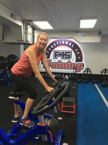 Aussie Mum Nakia Gordon exercising at F45 fitness