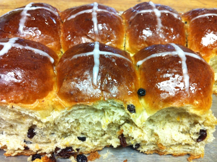 try of Easter hot cross buns with raisins and white cross